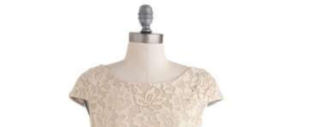 Un vestido que tus invitados nunca olvidarán. Modcloth.com por 75 dólares.