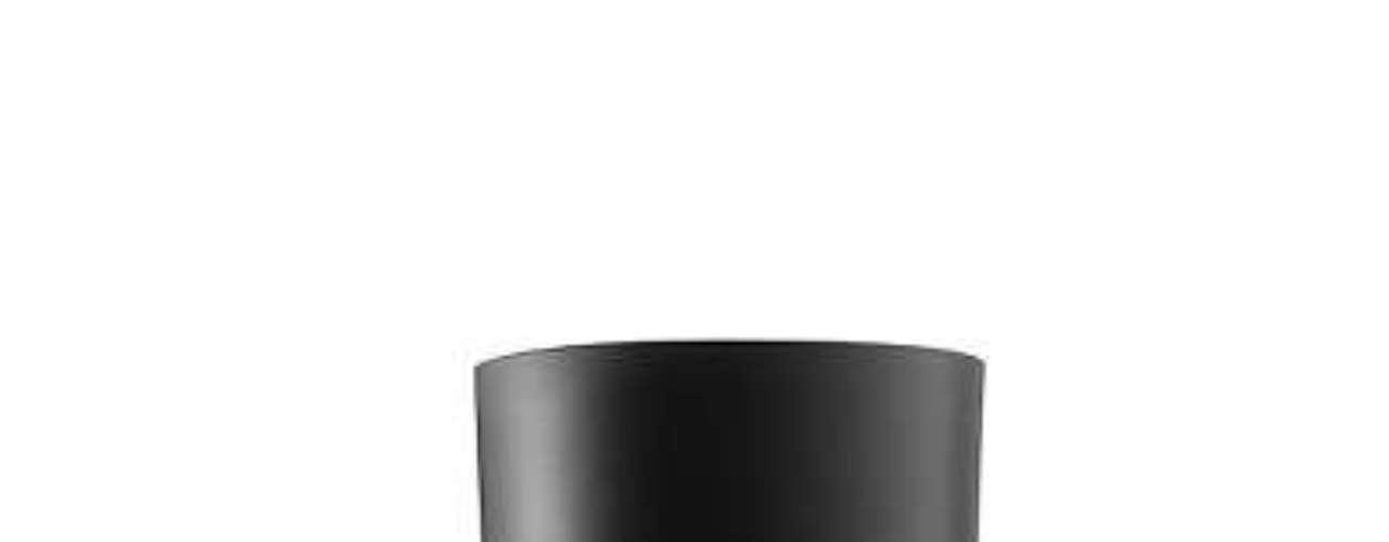 Fondo de maquillaje Designer Lift Giorgio Armani Una textura elástica que realza la piel. Gracias a la tecnología Micro-Fil stretch, Designer lift cubre la piel con un nuevo tejido cosmético: una malla extensible extremadamente fina inspirada en los tejidos elásticos. Tiene un efecto lifting instantáneo, que se consigue con un \