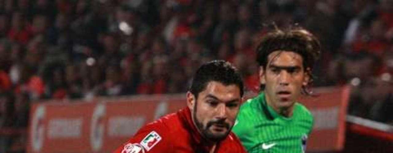 En la Jornada 2 del torneo Clausura 2012 Tijuana derrotó 1-0 a Rayados con gol de Javier Gandolfi al minuto 92, a pase de Leandro Augusto.