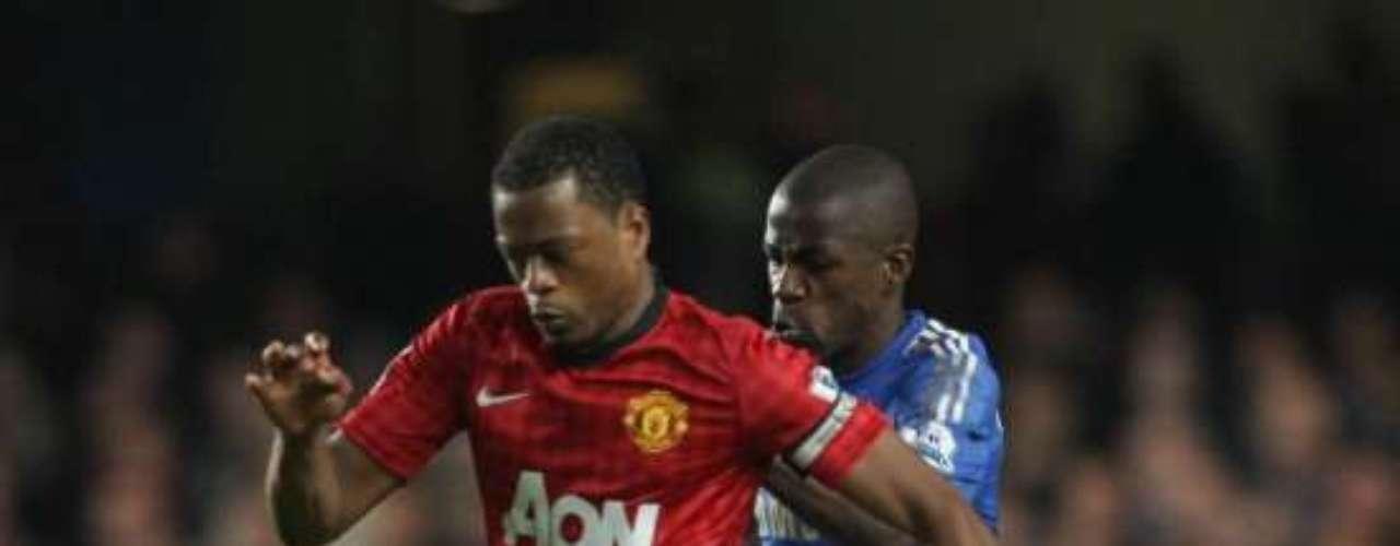 Patrice Evra es difícil de superar por su pradera 'siniestra' con el Manchester United.