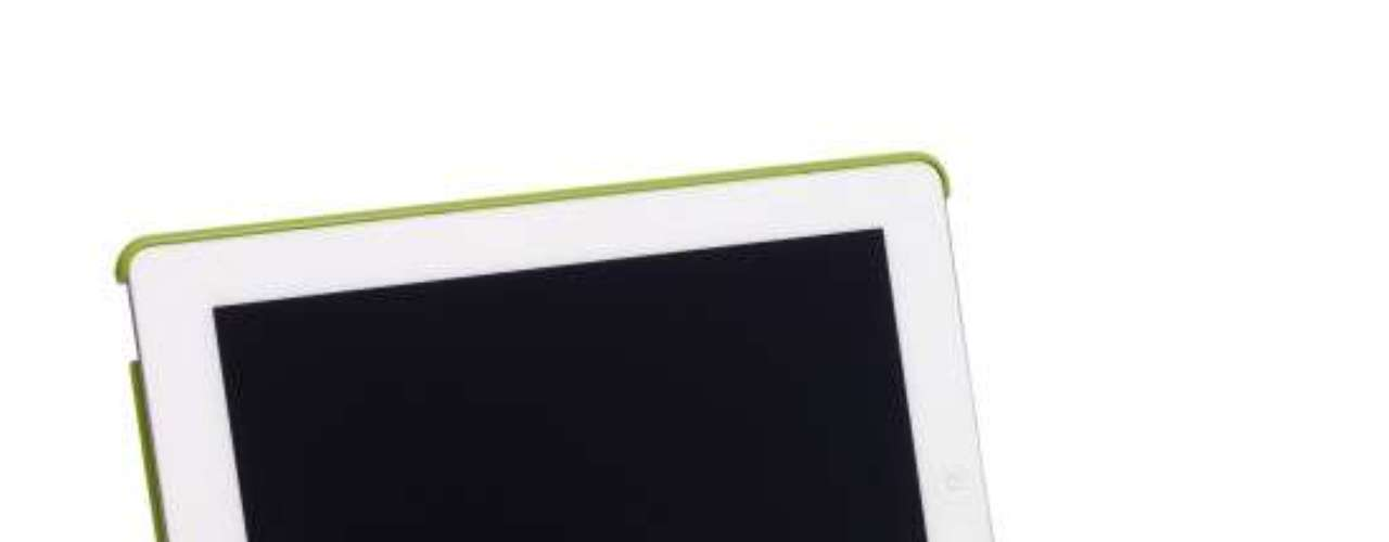Tablero para su adorada tablet. Viene de varios colores y sirve también de apoyo. 80 dólares.