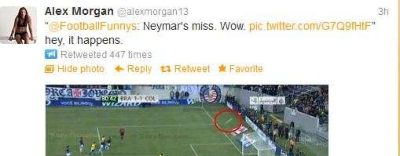 Al igual que muchas otras personas, Alex Morgan también bromeó un poco con este posteo por el penal que falló Neymar en un juego amistoso contra Colombia.