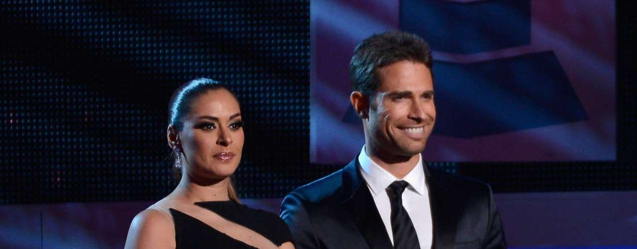 WORST: Galilea Montijo and Sebastian Rulli charades before presenting Best Tropical Fusion Album was big old yawn.
