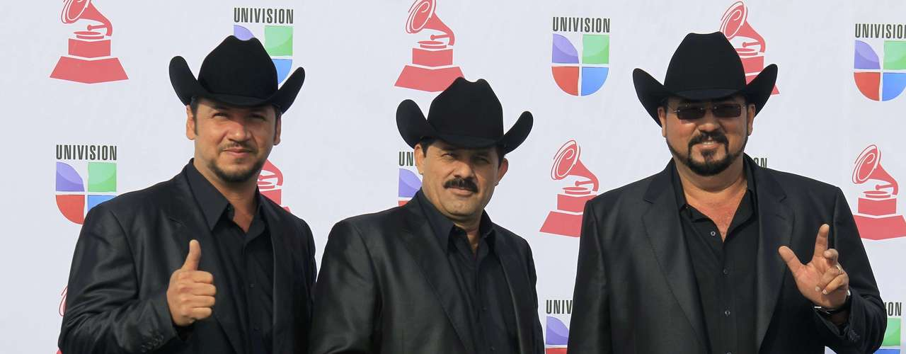 Vocal group Miguel Y Miguel arrive at the 13th Latin Grammy Awards in Las Vegas, Nevada, November 15, 2012.