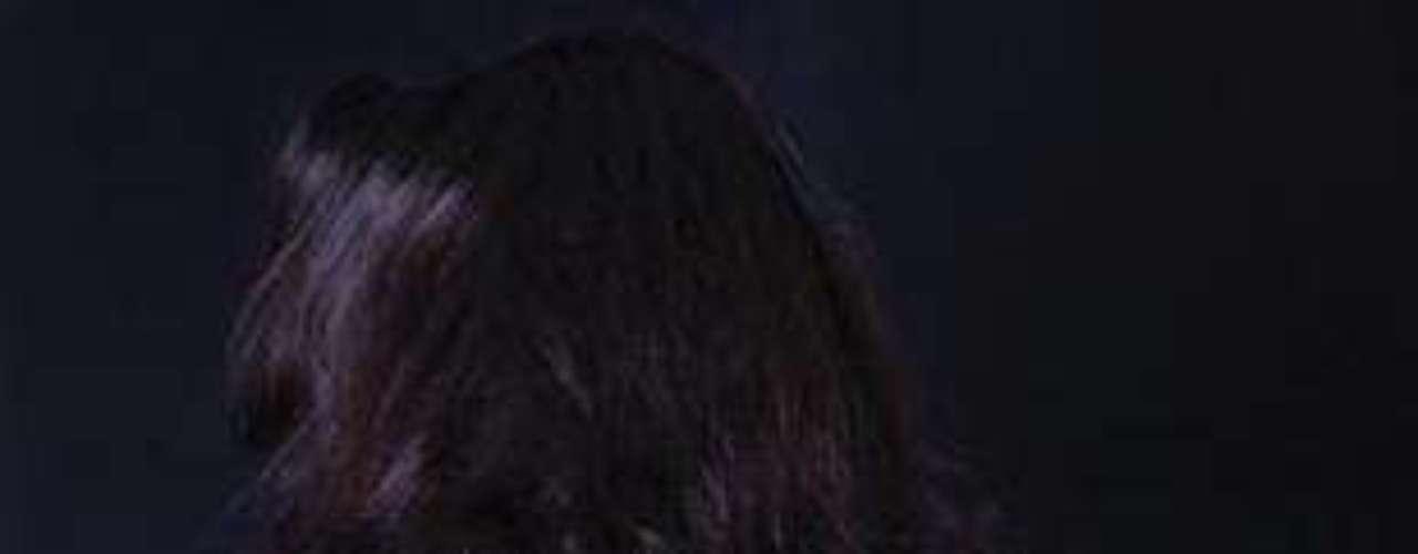 Con el éxito de la trilogía erótica Cincuenta sombras de Grey, cada vez son más las mujeres que admiten entregarse la prácticas de sadomasoquismo. De acuerdo con una investigación hecha por la revista Viva!, divulgada en la web Female First, dos de cada tres jóvenes experimentaron técnicas de inmovilización en la cama tras leer sobre la vida sexual de los personajes Christian Grey y Anastasia Steele.