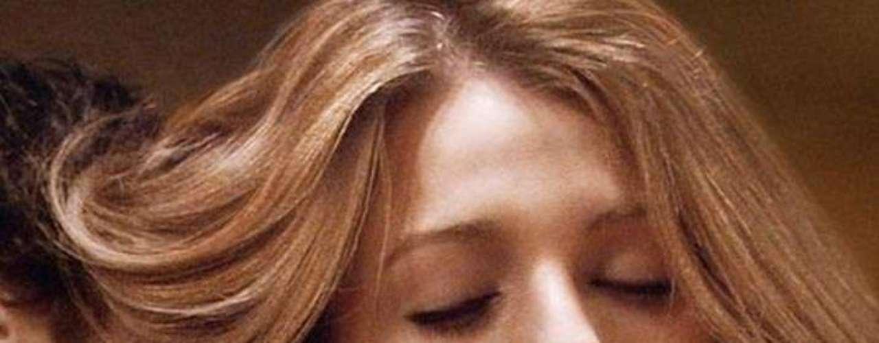 'Gossip Girl': 6 temporadas. Sólo habrá 10 episodios, pero cada uno valdrá la pena, como el que presenta una boda. El arranque del final de esta serie juvenil ubicada en el Upper East Side se centra en la búsqueda de la desaparecida Miss Van der Woodsen (Blake Lively). Luego B (Leighton Meester) estará decidida a ayudar a Chuck (Ed Westwick) a acabar con su padre. El nuevo libro de Dan (Penn Badgley) promete ser más escandaloso que su opera prima, mientras que Nate (Chace Crawford) está resuelto a revelar a la verdadera GG.