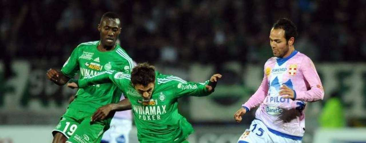 Evian y Saint-Etienne empataron 2-2.