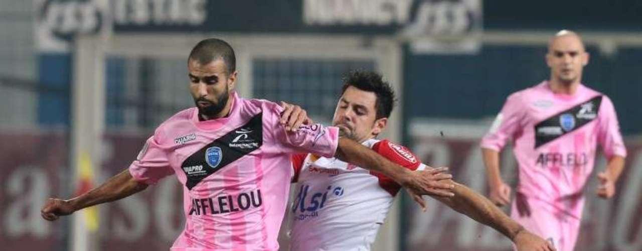 En duelo de los dos equipos sotaneros, Troyes y Nancy empataron 3-3.