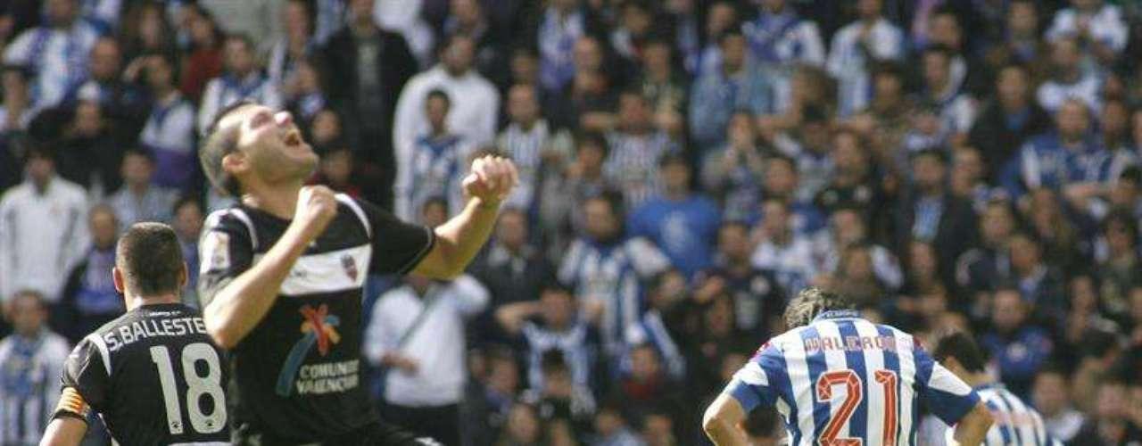 Levante se mantiene en puestos de Champions tras imponerse 0- al Depor.