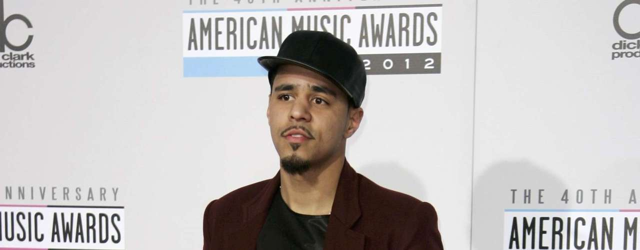 Hip Hop artist J. Cole arrives at the 40th American Music Awards in Los Angeles, California, November 18, 2012.