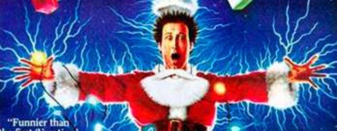 CUENTOS: National Lampoon's Christmas Vacation, 1989. Clark Griswold, movido por un generoso y sentimental espíritu navideño, quiere sorprender a toda su familia con una gran fiesta. La suerte no suele acompañarlo y esta vez no va a ser diferente... Una sucesión de disparatados desastres convertirán la esperadísima sorpresa de Clark en un verdadero caos.