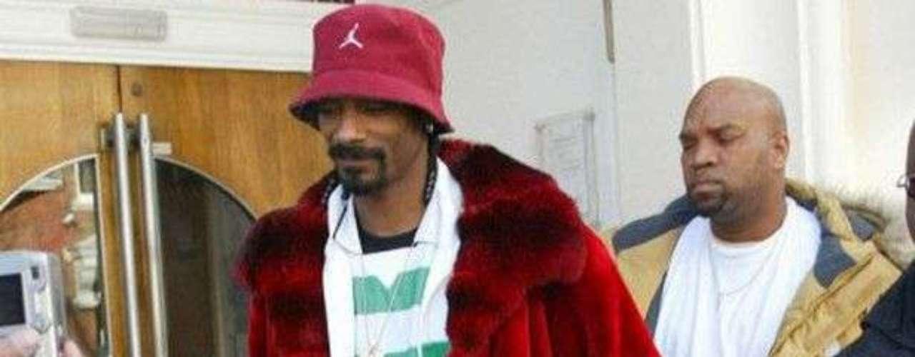 El rapero estadounidense Snoop Dogg no sólo ha mostrado su apoyo al Celtic de Glasgow, y hasta interesado en invertir en él.
