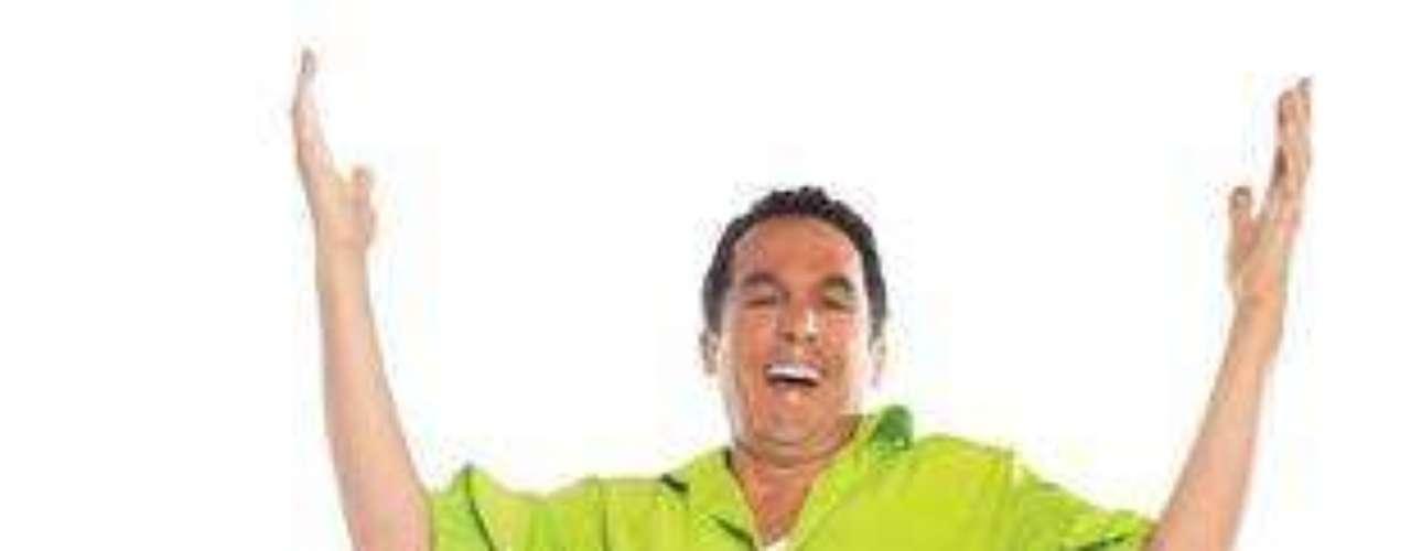 Su verdadero nombre es Aquilino Meza, y aunque él se quiere seguir autodenominando El Bellaco, El Papi de la cuadra, los años le pasan factura. Todas las mujeres lo ven como un verdadero Viejo verde.Entra a la página de 'Chepe Fortuna''Chepe Fortuna', una novela censurada por el Presidente ChávezLas mejores telenovelas colombianas