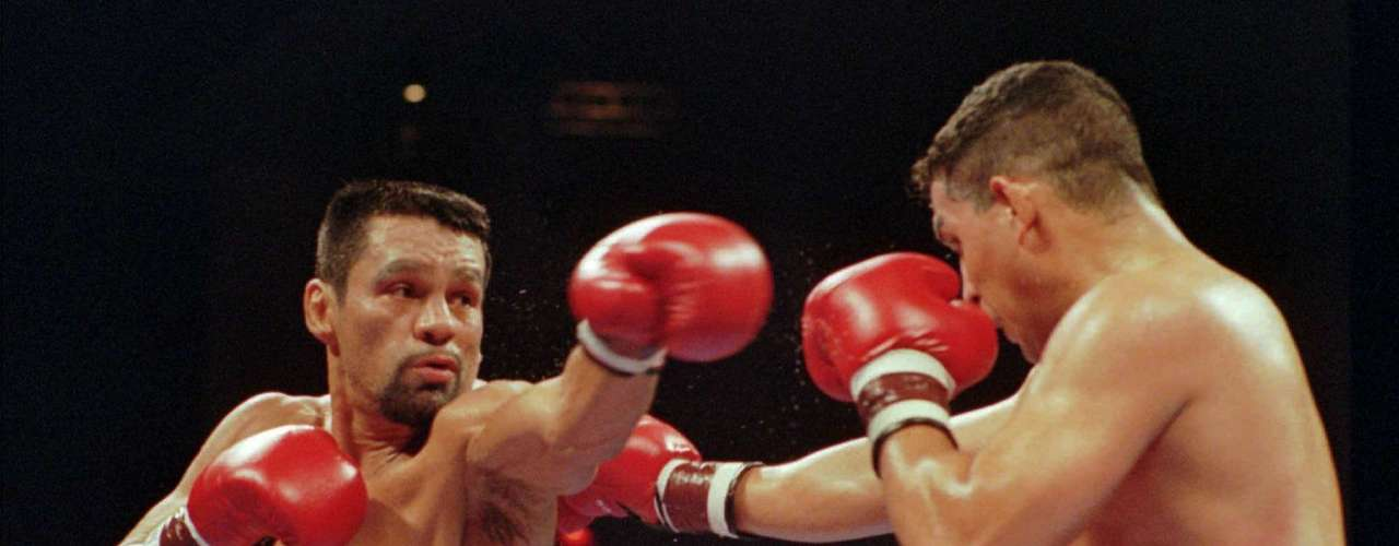 Even his wins were controversial, like the one against Roberto Duran in 1996. According to experts, the decision by the judges Tim Gifley, Paul Venti and Dana DePaolo heavily favored the Puerto Rican despite Duran having a clear victory.