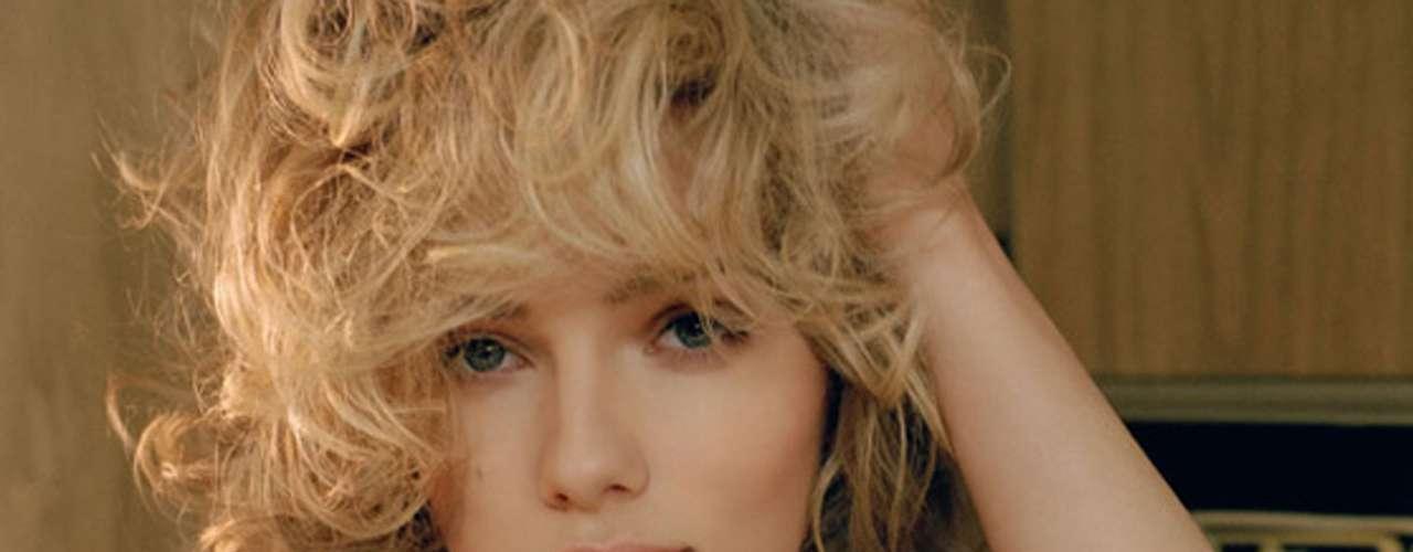 Woody Allen la atrapó y la consideró su nueva musa a partir de su colaboración en 'Match Point. La Provocación' (2005). Después volvería a trabajar con el director en 'Amor y Muerte' (2006) y 'Vicky Cristina Barcelona' (2008).