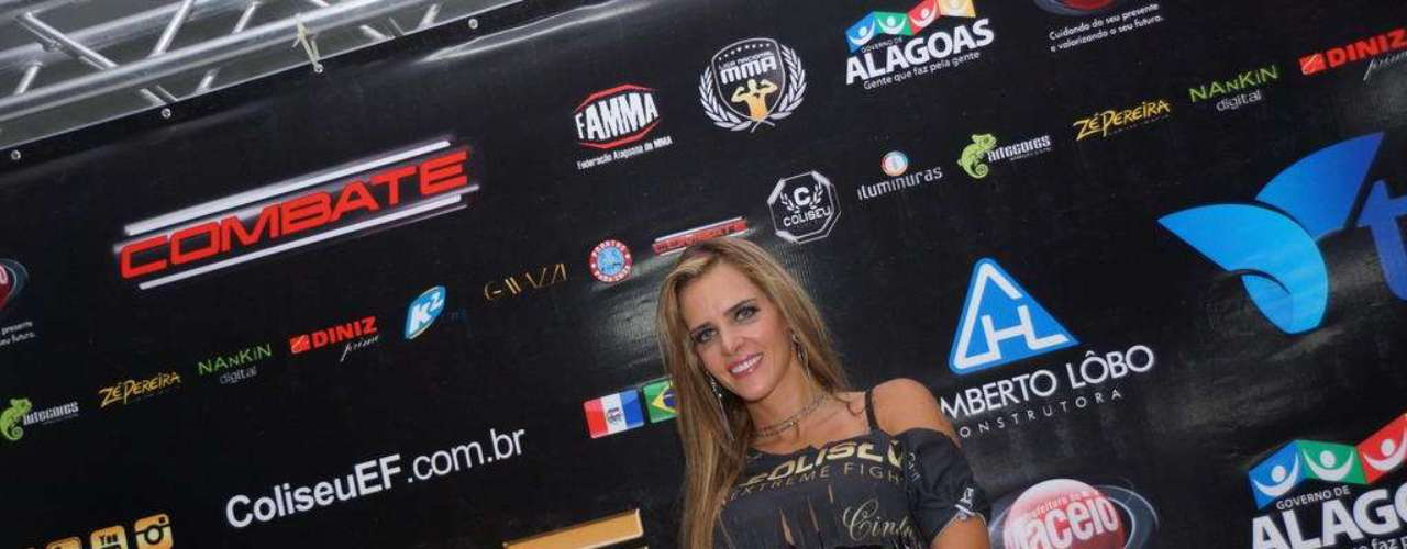 Denise Rocha es una abogada brasileña despedida del Senado de ese país por un video sexual y que ahora entra al mundo de la lucha extrema en ese país.