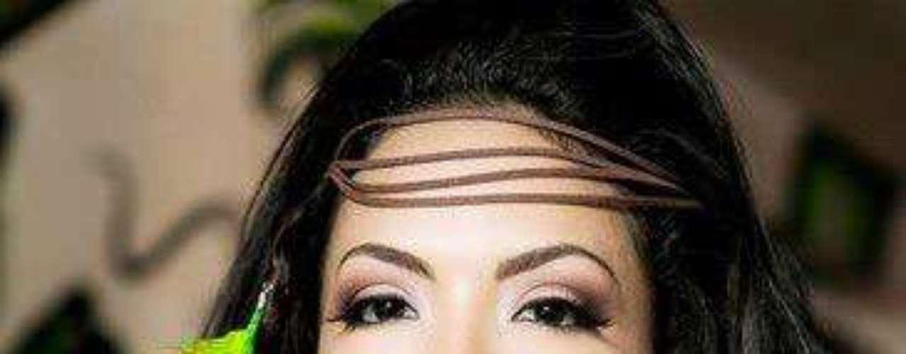 Nicaragua - Farah Eslaquit Cano. Nació en Monterrey, México en diciembre de 1991. Es una modelo que mide 1.75 metros de estatura. Su cabello es negro y sus ojos color café.