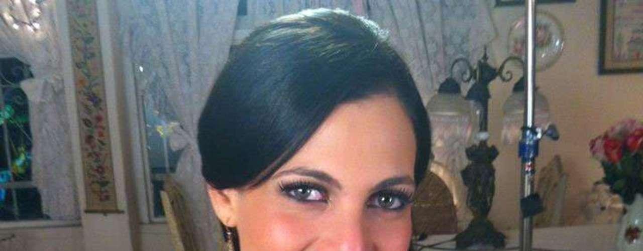 República Dominicana - Dulcita Lieggi Francisco. Nació en Santo Domingo el 19 de mayo de 1989. Es modelo profesional y actriz. Mide 1.81 metros de estatura. Su cabello es castaño y sus ojos verdes.