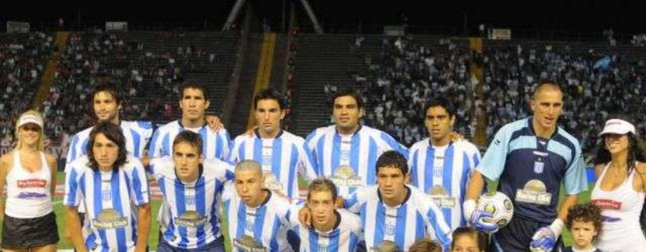 De regreso a Argentina, Racing de Avellaneda es un equipo con tradición.