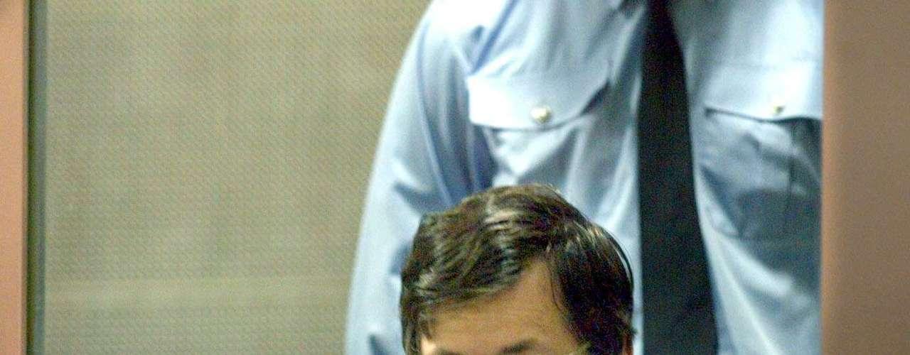 El juicio contra Dutroux comenzó el 1 de marzo de 2004, siete años y medio después de su arresto inicial. Fue un juicio con jurado y 450 personas testificaron durante el proceso. El juicio se celebró en Arlon, capital de la que en aquella época era provincia Belga de Luxemburgo, donde habían comenzado las investigaciones.