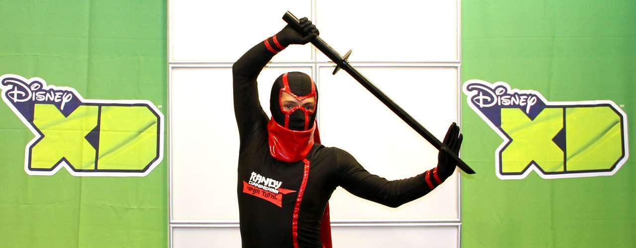 'Kenjutsu' - La técnica del combate con espada, que también comprende bloqueos y contraataques.