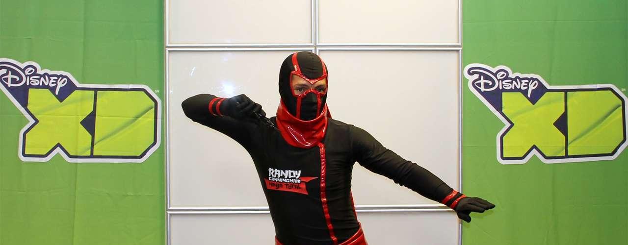 'Intonjutsu' - Le permite a un ninja dominar habilidades de encubrimiento y escape.