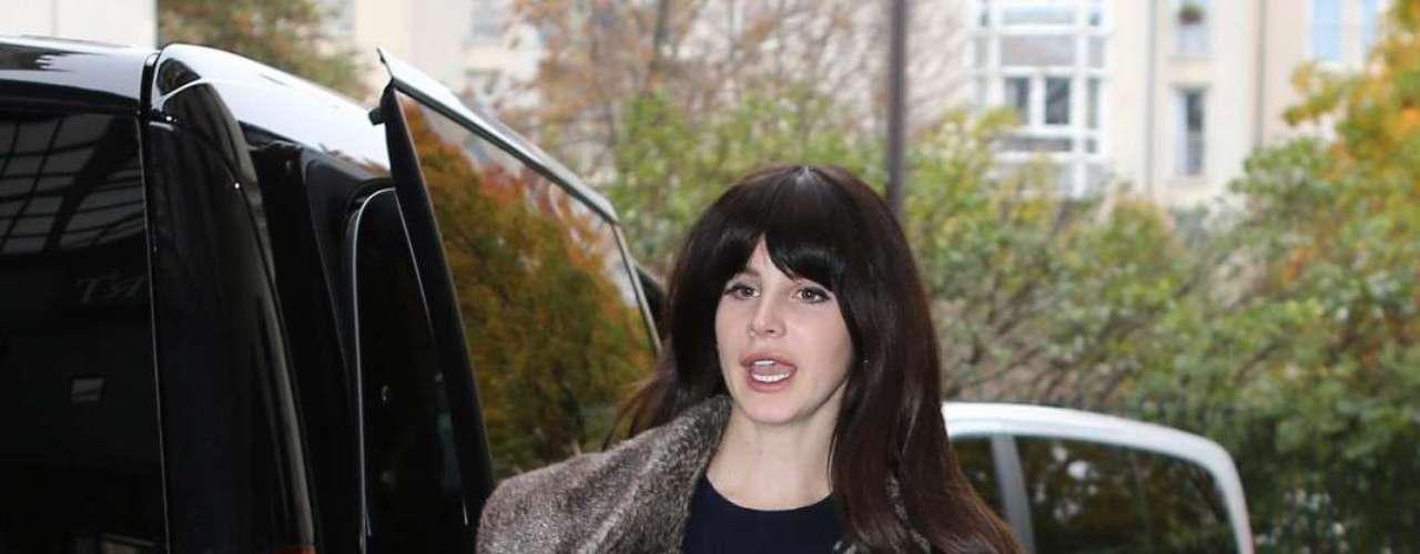 ¿Lana del Rey? Sí, la cantante que ha seducido a varias firmas de moda dejó mucho qué desear con su look de calle de esta semana.