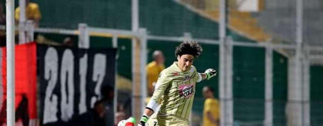 Guillermo Ochoa tuvo una sobria actuación en el 1-1 entre Nancy y Ajaccio.