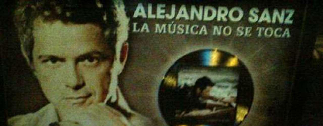 Imagen del disco de oro que Alejandro Sanz obtuvo por sus altas ventas en Estados Unidos.