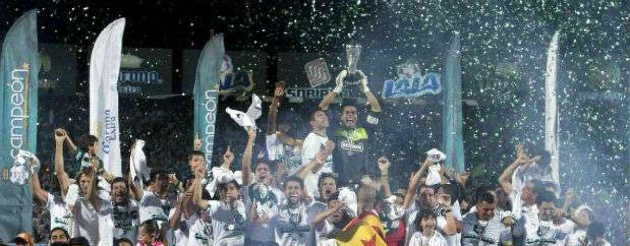 En el Clausura 2012, Santos Laguna consiguió su cuarto título al derrotar 3-2 en el global a Monterrey, bajo la orden de Benjamín Galindo.