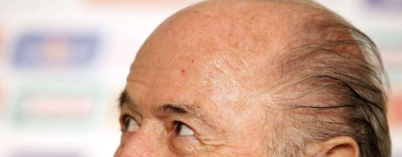 Blatter aplaudió la decisión de la Confederación Brasileña de Futbol, que nombró como técnico de su selección a Scolari.