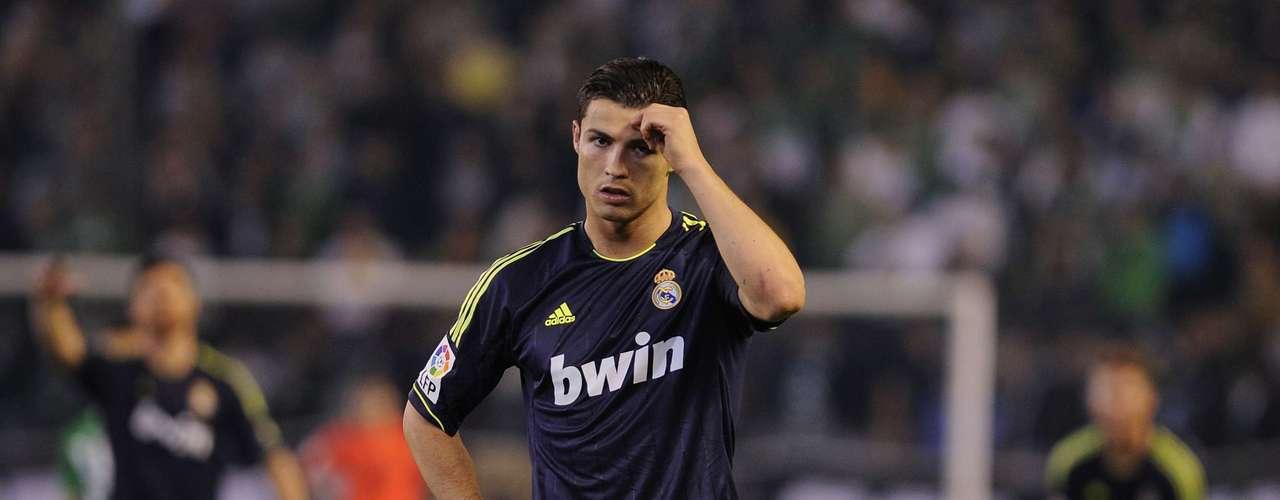 Messi y su gran rival del Real Madrid Cristiano Ronaldo, de 27 años, \