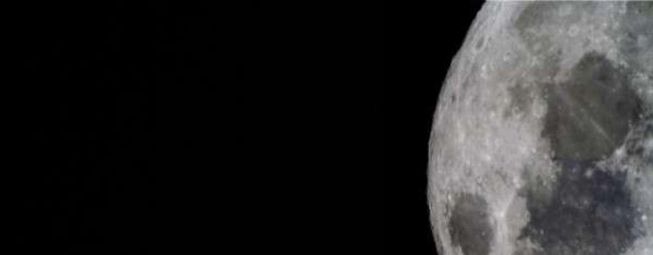 Se produjo un verdadero show en el cielo: la Luna y Júpiter se dejaron ver juntos.