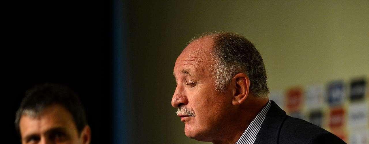 El estratega de España, Vicente del Bosque y Óscar Tabárez, de Uruguay, también participaron en la conferencia