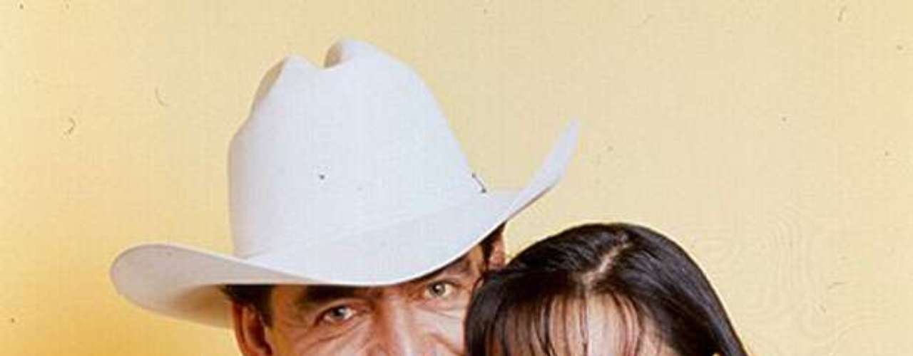 Maribel Guardia y Joan Sebastian volverán a estar juntos, pero en el plano musical, pues las estrellas tienen previsto participar, el mes próximo en un festival ranchero anual en Costa Rica. El anuncio fue formulado por Guardia, en su cuenta de Facebook. \