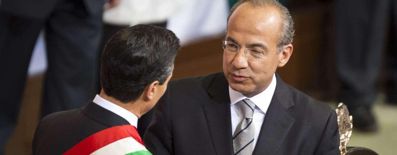 Calderón, del conservador Partido Acción Nacional (PAN), entregó el sábado pasado la Presidencia a Enrique Peña Nieto, lo que supuso la vuelta al poder del Partido Revolucionario Institucional, que lo ejerció ininterrumpidamente de 1929 al año 2000.