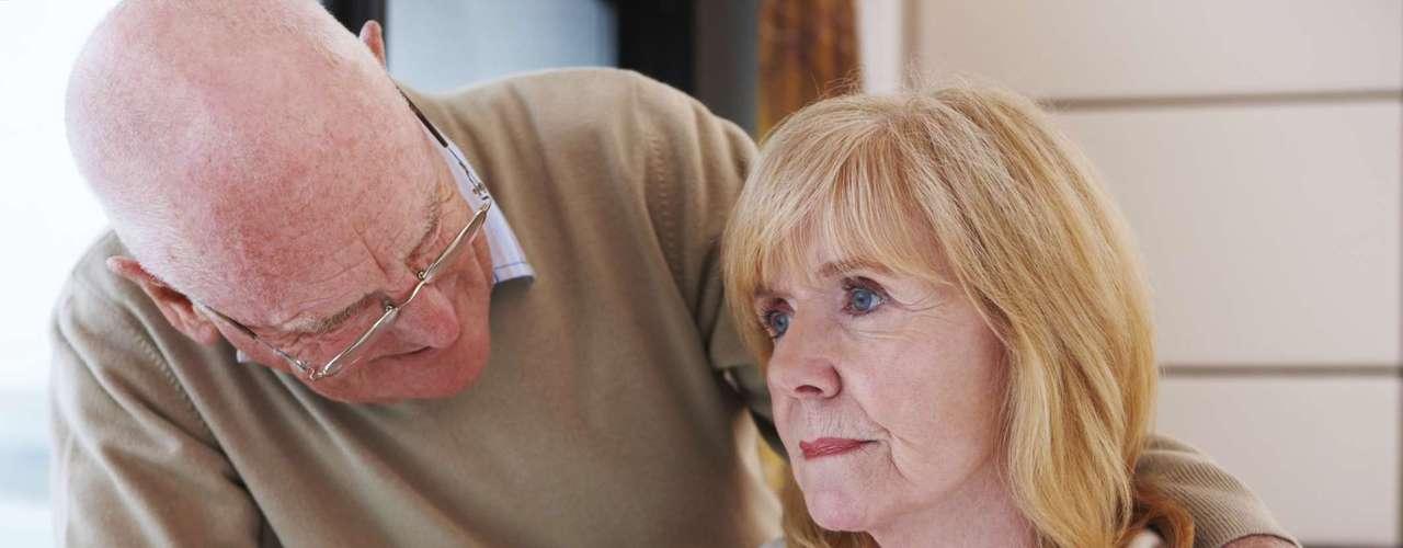 Enfermedades mentales como el Alzheimer podrían desarrollarse durante la menopausia precoz, ya que durante la etapa climatérica se pueden manifestar algunas alteraciones neurológicas como la retención, atención y concentración.