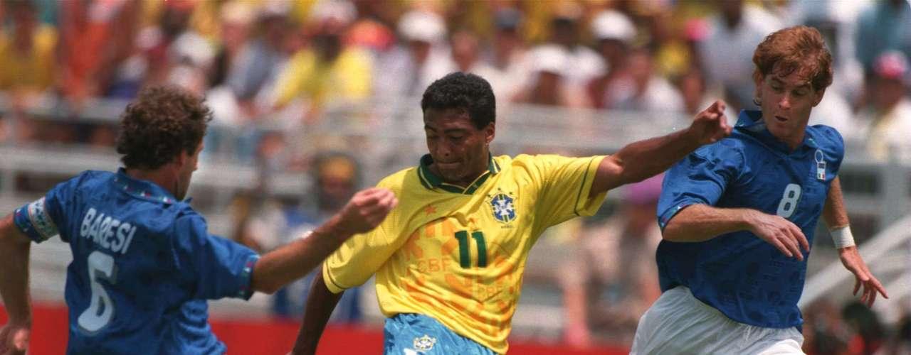 Romario fue pieza importante de Brasil en el Mundial de 1994 en Estados Unidos y es unos de los grandes de la \