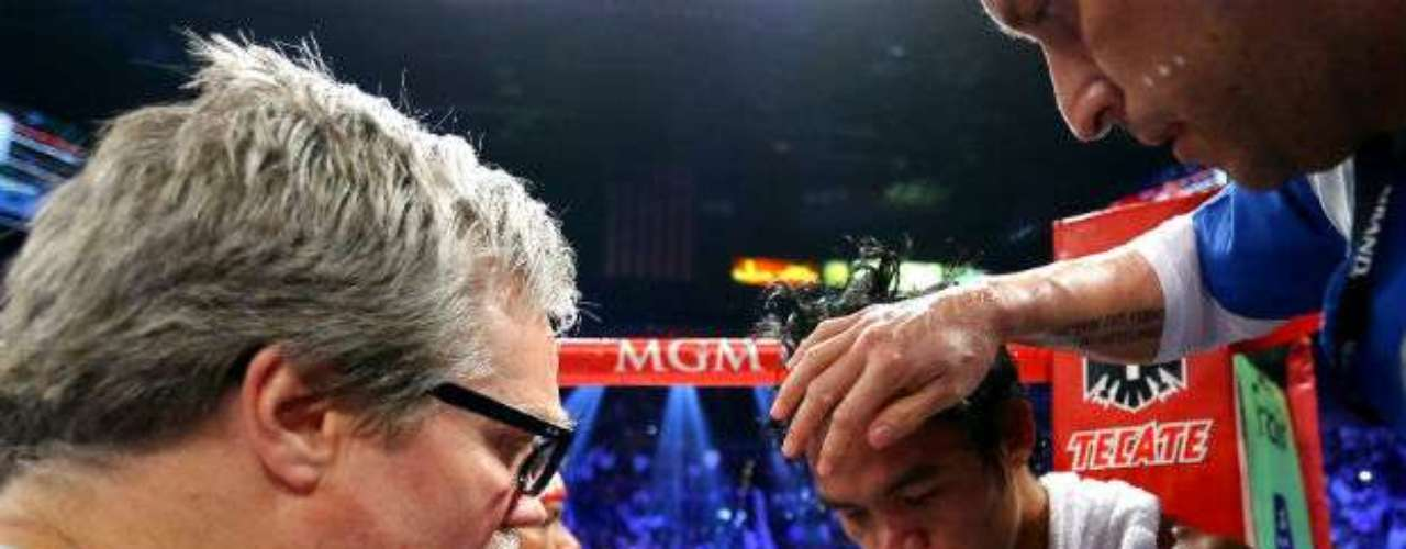 Márquez, who took home a purse of $10 million compared to $25 million for Pacquiao, improved his record to 55-6-1 with 40 knockouts. Pacquiao, who sufferedhis second straightloss, fell to 54-5-2 with 38 knockouts.