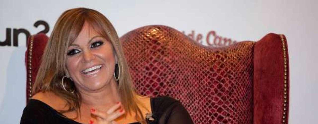 El 9 de diciembre de 2012, Jenni viabaja en una aeronave que partió de Nuevo León con destino al aeropuerto de Toluca.