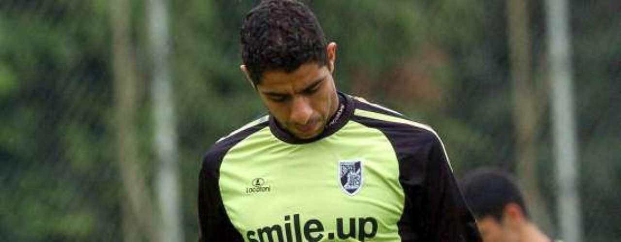 Vitoria Guimaraes se impuso 2-0 a Olhanense como local