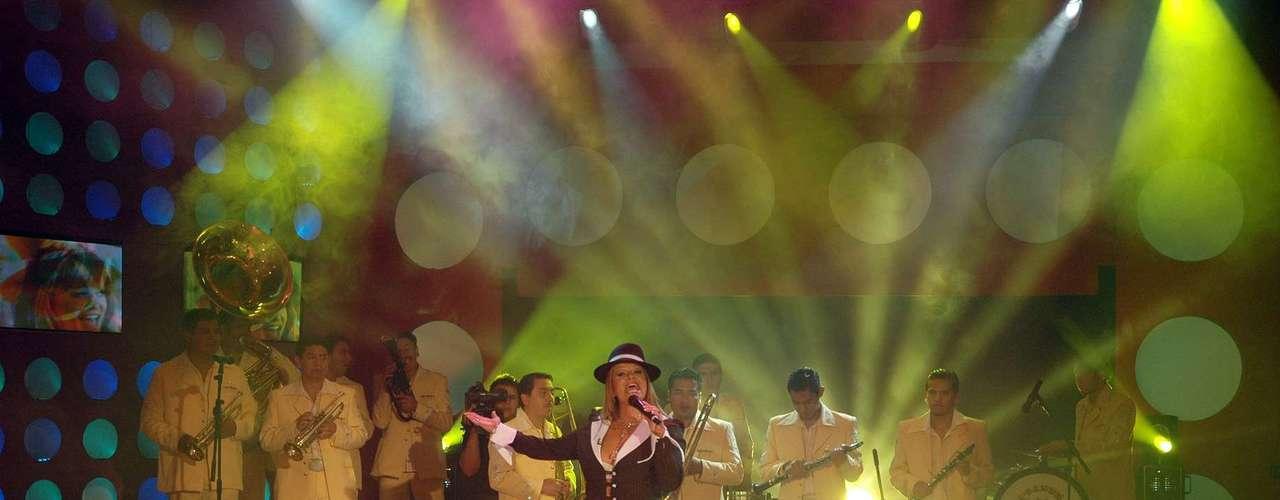 En diciembre de 2008, la cantante tuvo una destacada participación en el programa de televisión mexicano \
