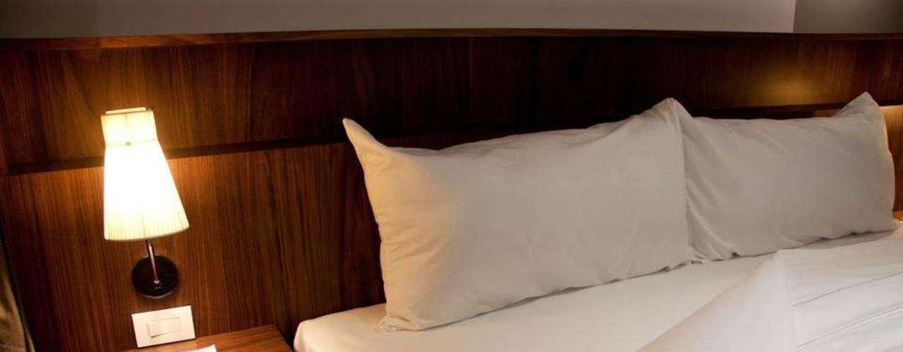Cuernavaca, en Morelos (México) ofrece al mundo el hotel y restaurante Flor de Mayo.