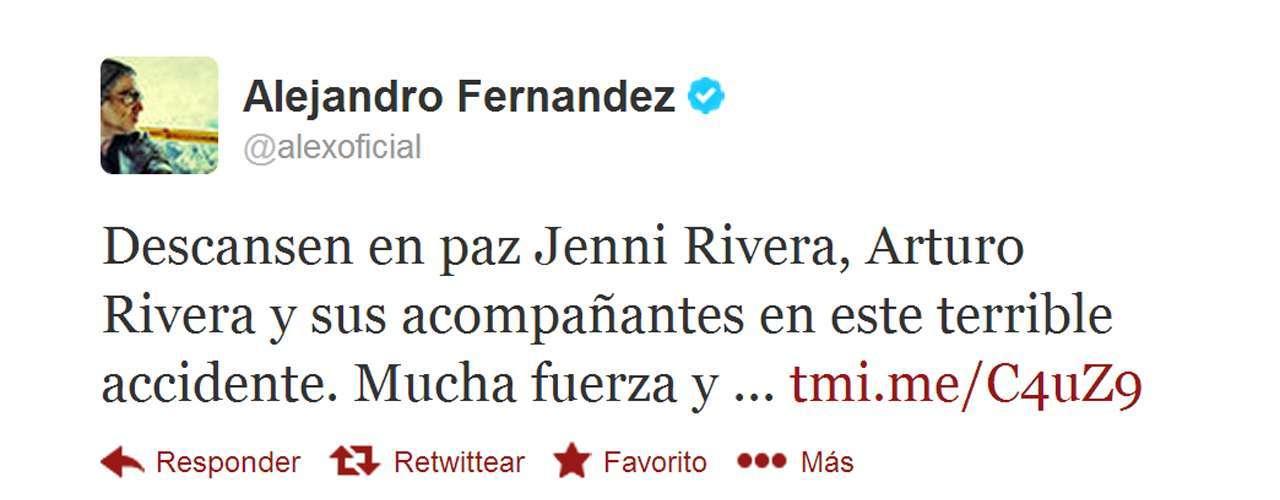 Alejandro Fernández compartió su tristeza por la muerte de Jenni Rivera.