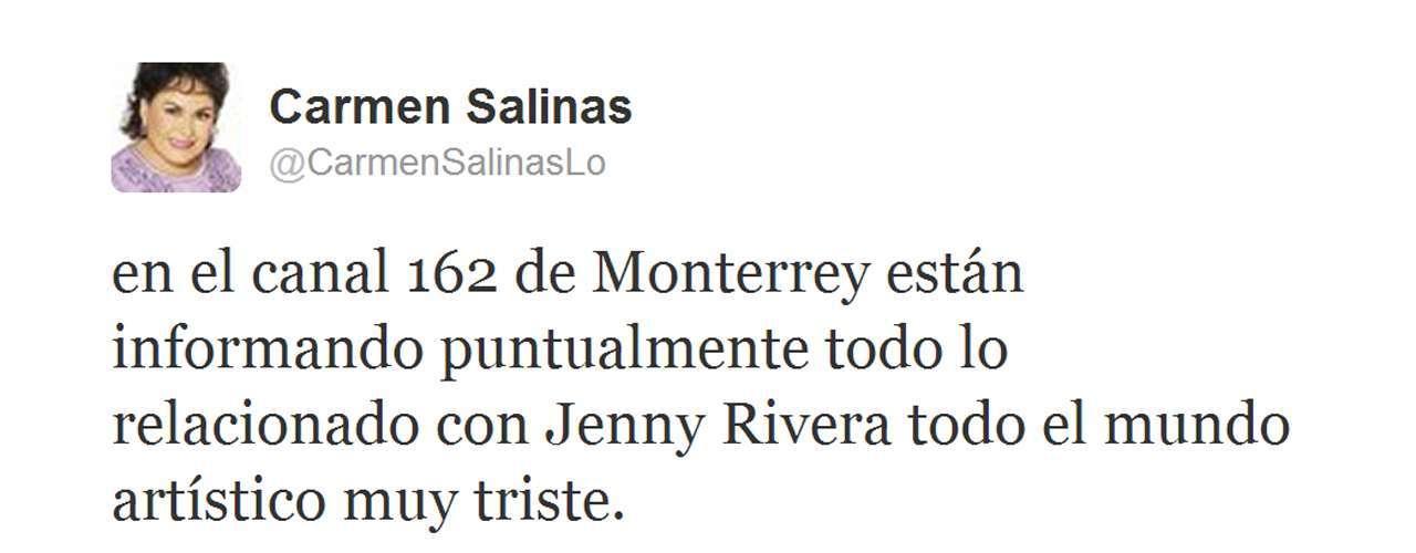 Carmen Salinas, siempre pendiente, seguía la noticia de cerca para saber lo que iba ocurriendo con Jenni Rivera.