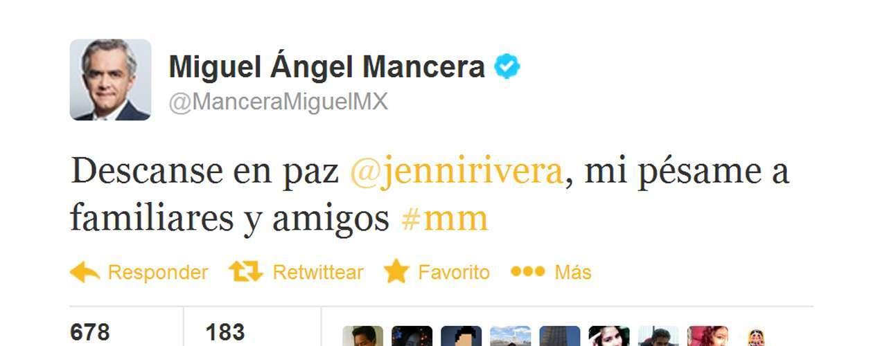Miguel Ángel Mancera, alcalde de la capital mexicana, envió un mensaje de pésame por Twitter.