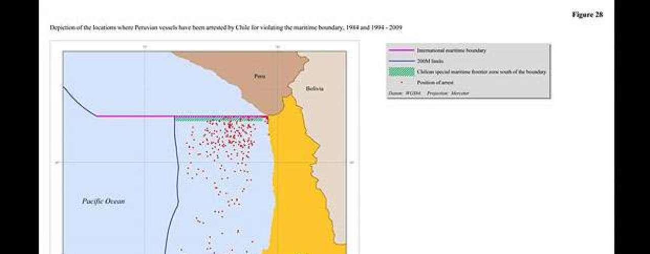 El presente mapa fue utilizado por la defensa chilena durante sus alegatos, y representa el número de capturas de embarcaciones peruanas por la armada sureña, lo que probaría que dicho país ejerce su soberanía sobre dichas zonas.