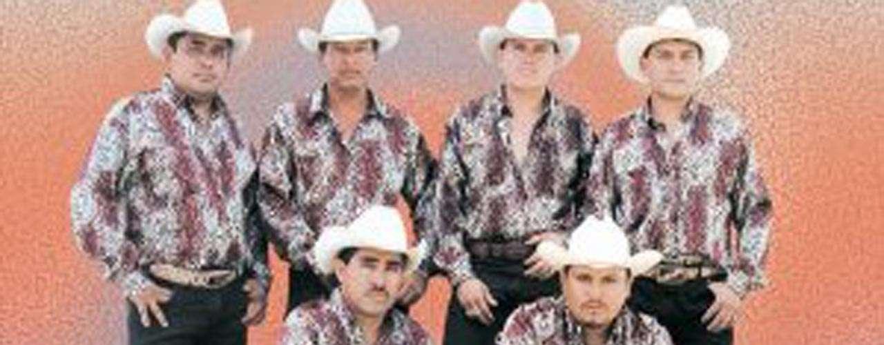 Javier Morales Gómez, un miembro de Los Implacables del Norte, fue baleado a muerte en Huetamo en diciembre de 2006, Michoacán.