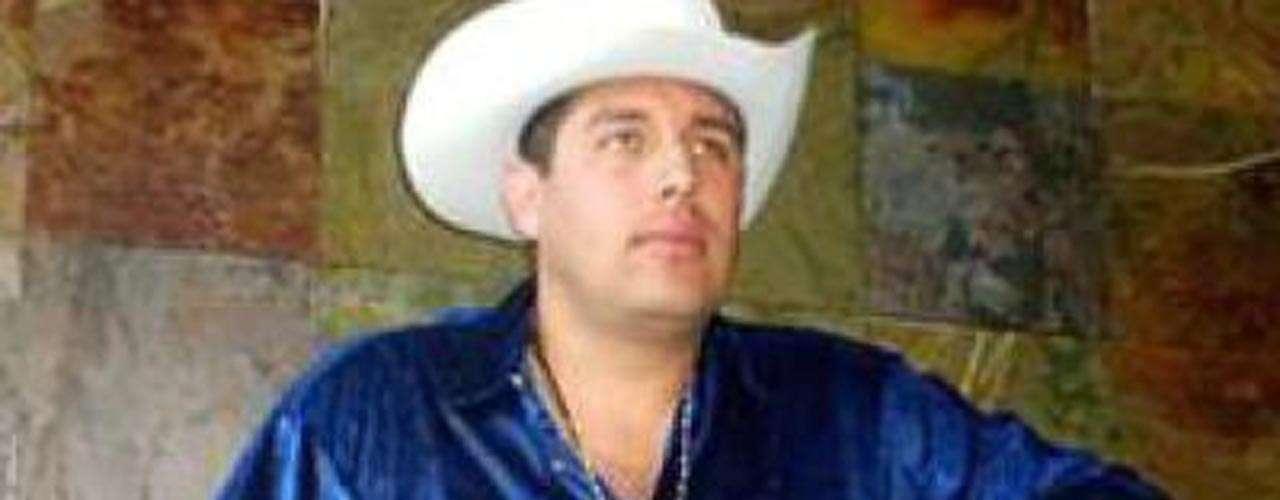 En agosto del 2009, Carlos Ocaranza, conocido como 'El Loco Elizalde' murió a tiros cuando salía de ofrecer un concierto en Guadalajara.