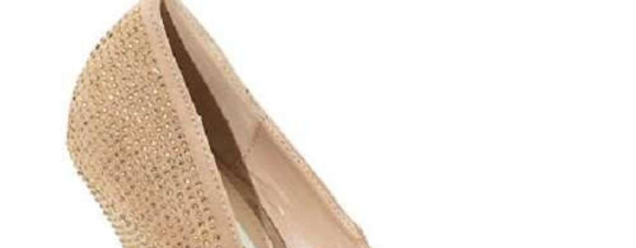El mejor accesorio de la noche serán tus zapatos.
